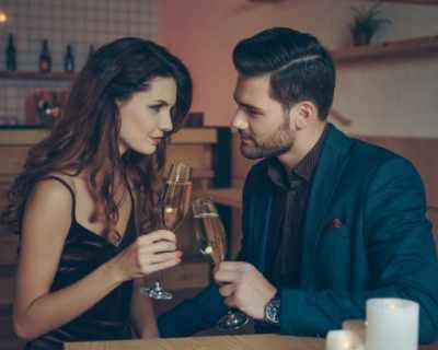 Плюсове и минуси на комбинацията секс–алкохол