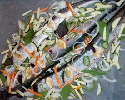 Океански зарган със зеленчуци на фурна