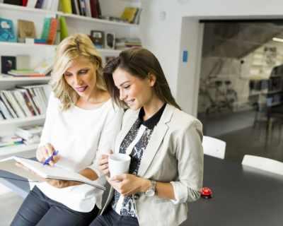 20 начина да завържеш приятелство в офиса