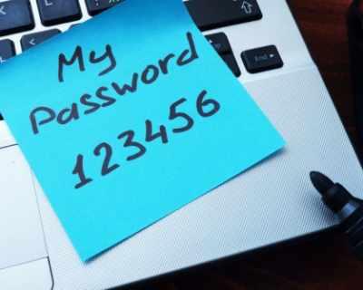 Даването на паролата е модерното обяснение в любов