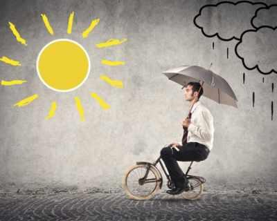 Китаец цял месец карал велосипед към къщи, преди да ...