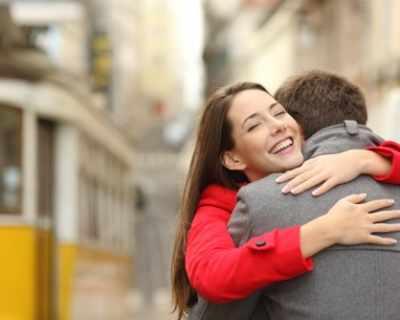 21 януари е Международен ден на прегръдката