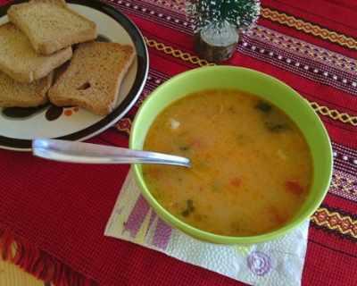 Супа със свинско месо, зеленчуци и ориз
