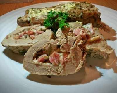 Свинско бонфиле с крема сирене и бекон
