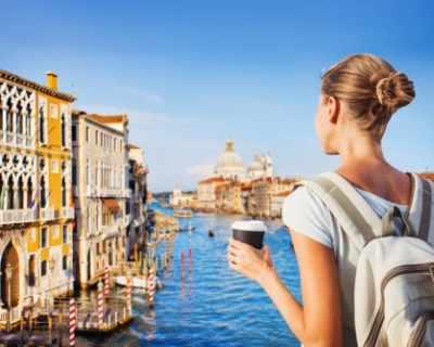 Венеция се задъхва от туристи