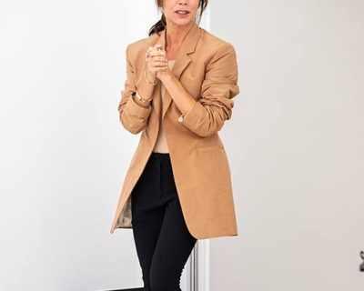 Виктория Бекъм празнува 10-годишен юбилей в модния ...