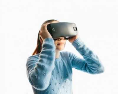 Виртуалната реалност срещна майка с мъртвата й ...