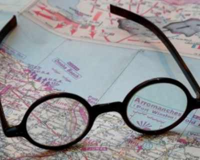 Очилата на Уинстън Чърчил бяха продадени за почти 10 ...