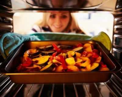 Кулинарни трикове за перфектно изпечени зеленчуци