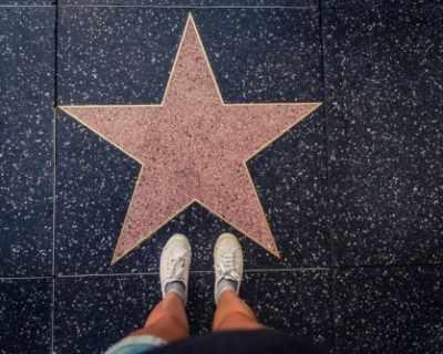 За 40 000 долара можем да си купим собствена звезда на ...